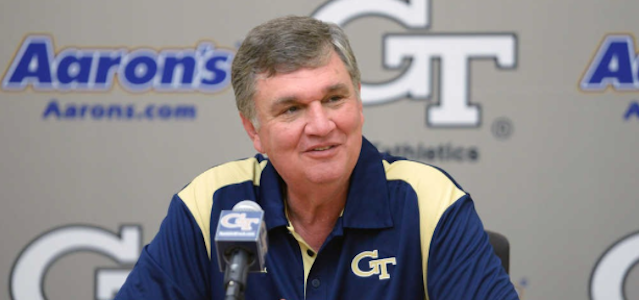 Paul Johnson's Dropback Pass Offense